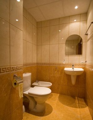 2B-2nd-bathroom