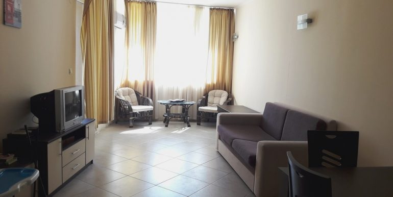 2 Zimmer Nikea (5)